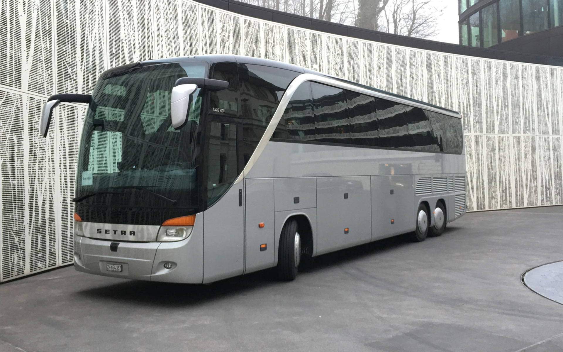edelswiss coach bus
