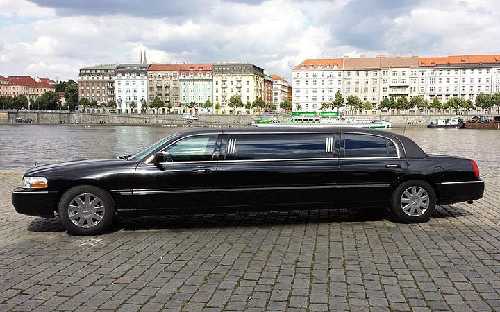 edelswiss stretch limo