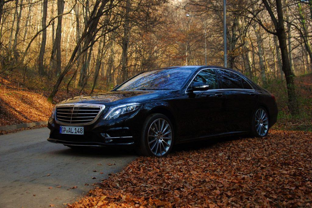black mercedes limousine