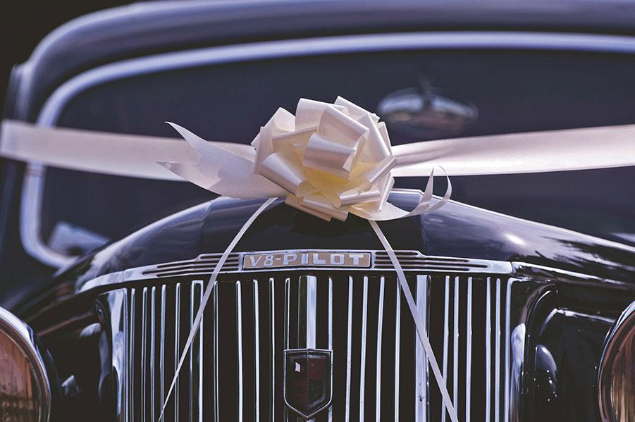 wedding limo luxury
