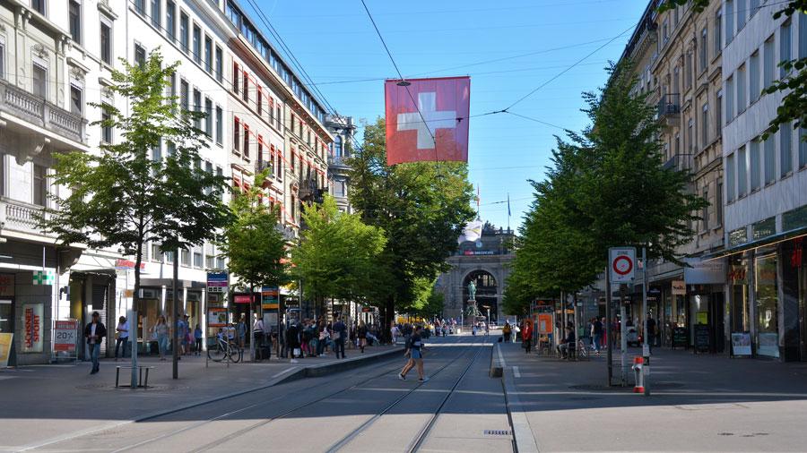 bahnhofstrasse - switzerland food fest street
