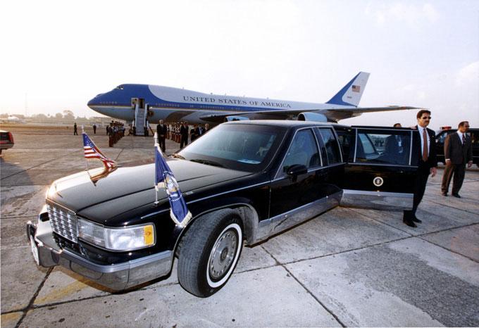 limo - limousine - president limo - hire a limo