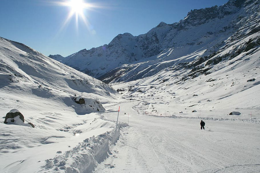 cervinia - ski cervinia - theodul pass - switzerland